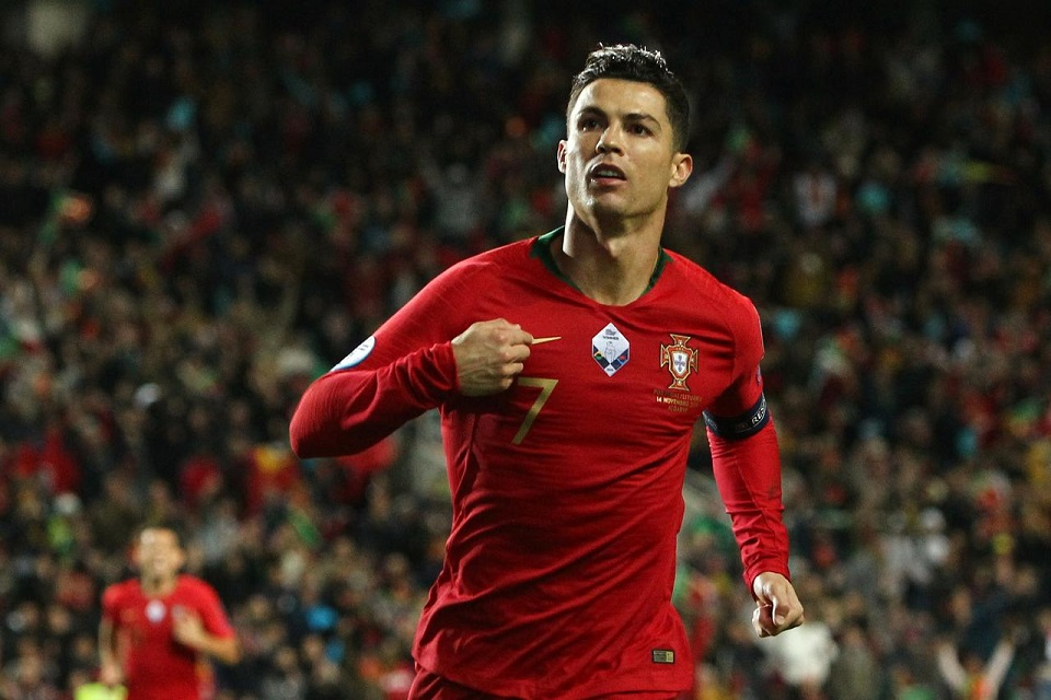 Ronaldo bags hat-trick, closes on 100 goals in Portugal rout