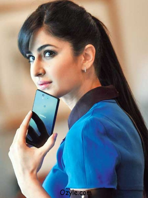 Katrina Kaif opens up in social media