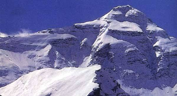 China to Create Line of Separation in Mt. Everest!