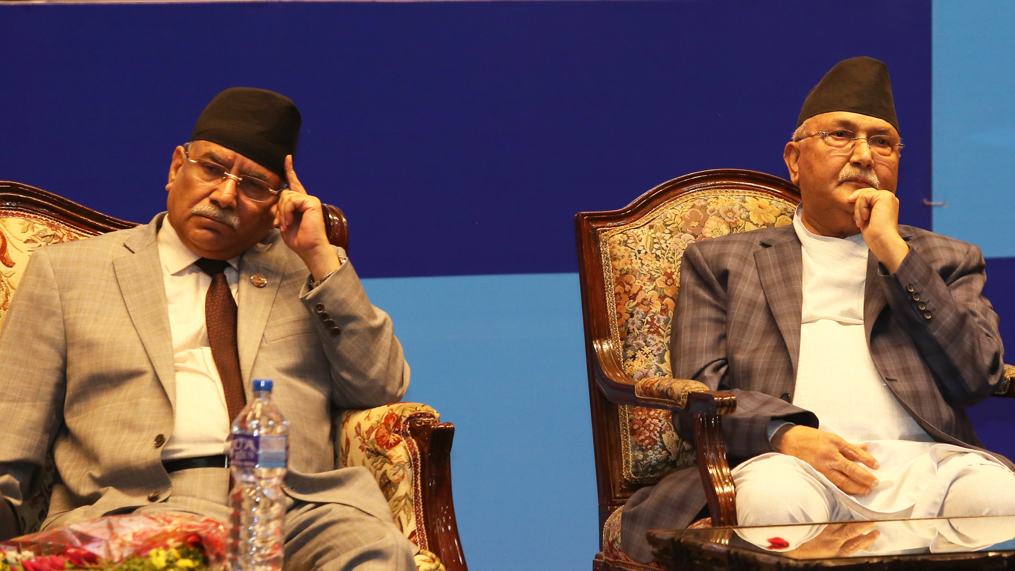 One-to-one meeting between Dahal and Oli failed to patch of differences