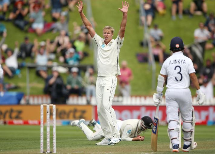 Rain washes out final session after Jamieson shines with ball