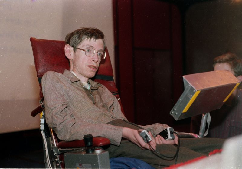 Stephen Hawking Dead: Famed Scientist Dies At 76