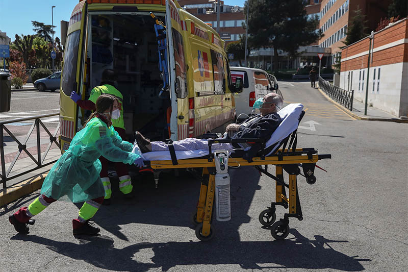 Spain's coronavirus death toll rises by 838 overnight to 6,528