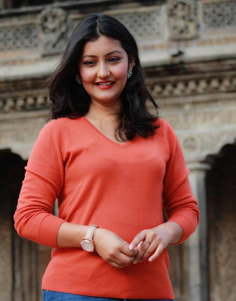 Shweta Punjali mesmerizes Connecticut's Nepalis with a live performance